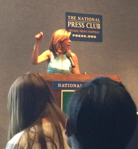 Hoda Kotb speaking to correspondents at National Press Club.   Photo courtesy of Maggie Campbell