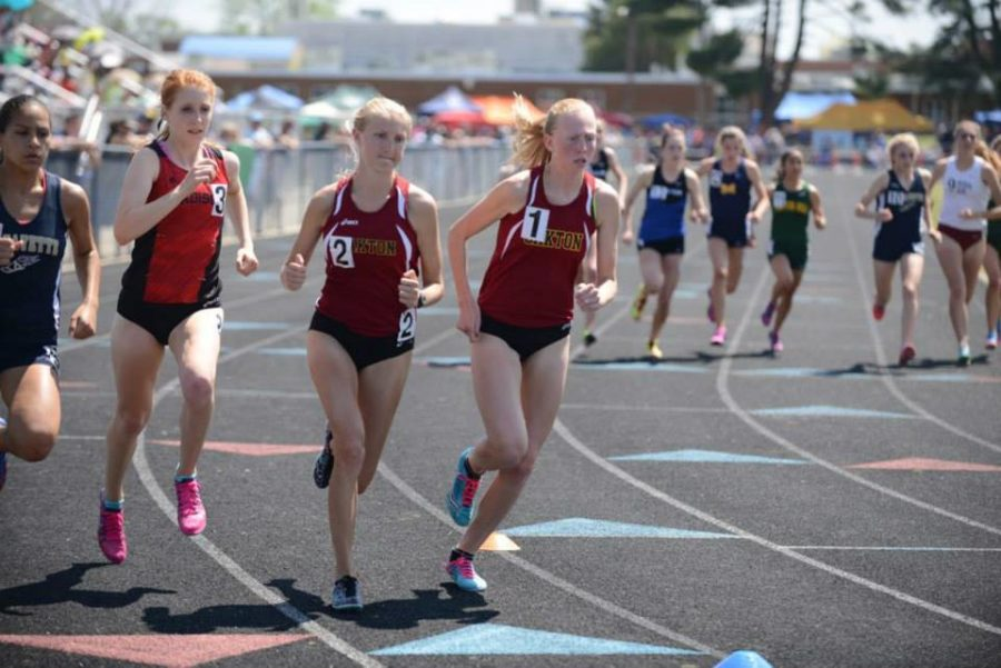 Oakton track and field on the road to Penn Relays